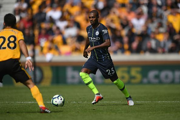 3 possible replacements for Fernandinho at Manchester City
