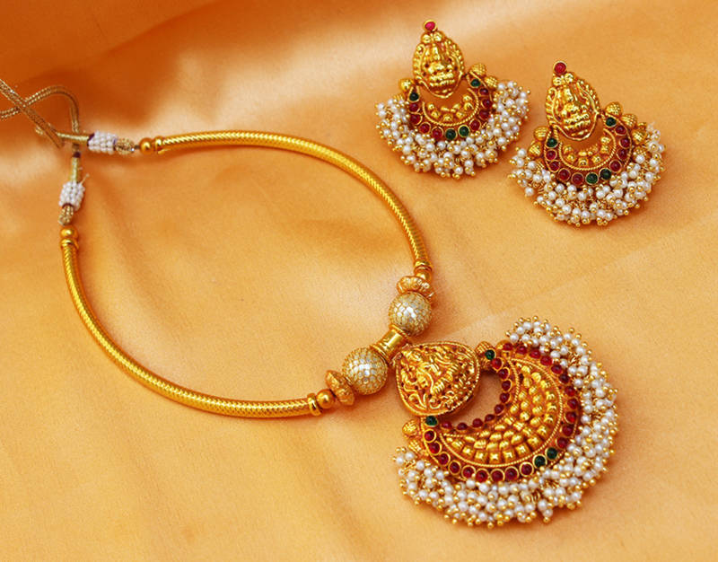 How to Accessorize Your Bridal Wear with Jewellery