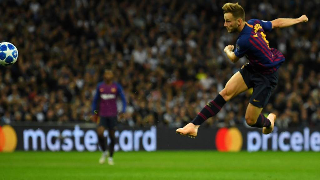 Barcelona Edged Out Tottenham Hotspurs in a Thrilling 2-4 Champions League Group Match