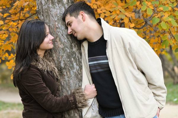 HOW LONG SHOULD A COURTSHIP LAST?